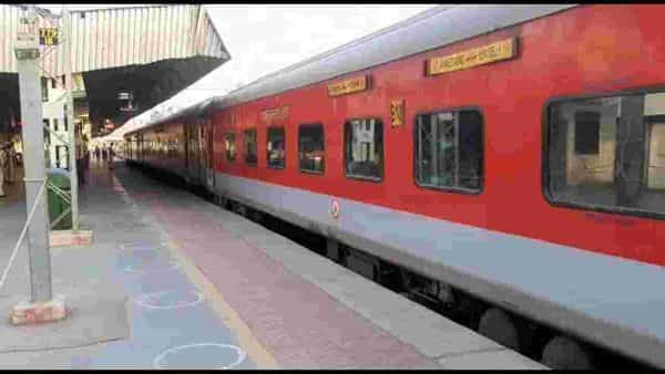 West Bengal lockdown: The 02214 Patna-Shalimar special and the 022013 Shalimar-Patna special will not depart from their originating stations on July 28 and July 29 respectively,