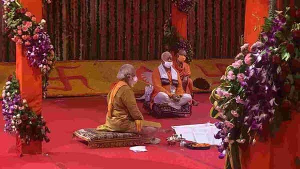 Bhajan renditions, temple replicas mark news TV coverage of Ayodhya event