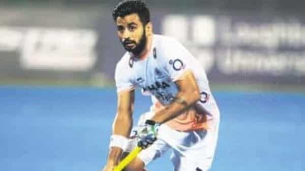 Indian hockey team captain, 3 other players test covid- 19 positive