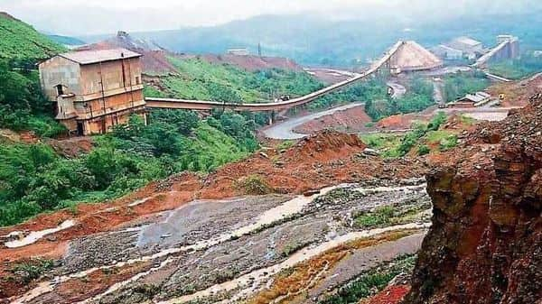 The EIA draft violations can be reported only by the government and the project proponent themselves and not by citizens. (Photo: Hindustan Times)
