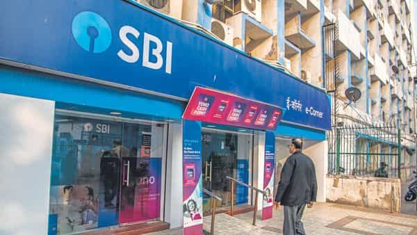 Here's how SBI customers can withdraw cash from ATM without using their debit cards. (MInt)
