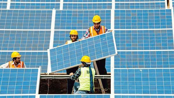 India now has 34.6GW of solar power and seeks to produce 100GW from solar projects by March 2022.