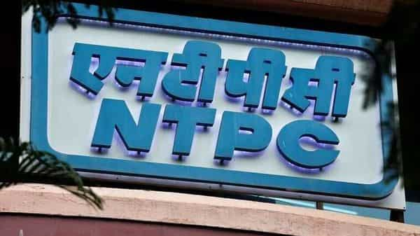 FILE PHOTO:  A signboard of NTPC (National Thermal Power Corporation Limited) is seen outside its office in Mumbai, India, July 23, 2018. REUTERS/Francis Mascarenhas/File photo (REUTERS)