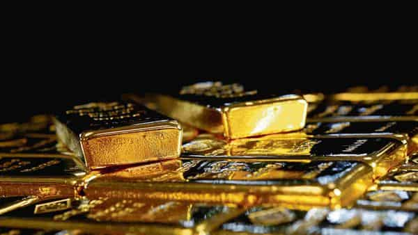 Still no takers as Indian gold dealers offer discounts for fourth week