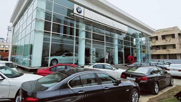 Covid sparks distress sale of luxury cars