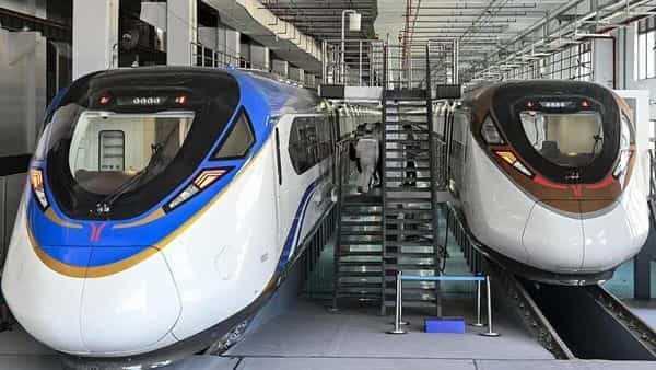 Once it is put into service, it will take 25 minutes and 30 minutes from Nansha Free Trade Zone to the South Guangzhou train station and East Guangzhou train station, respectively, state-run Global Times reported (Global Times) (Global Times)