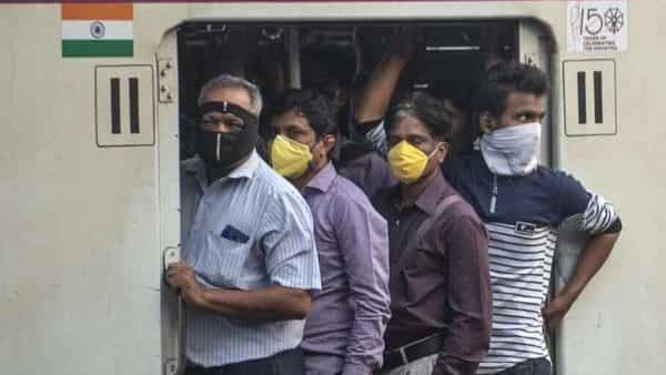 Those who travelled in a shared mode of transport within three rows of the index case were classified as high-risk contacts.  (Photo: Satish Bate/Hindustan Times)