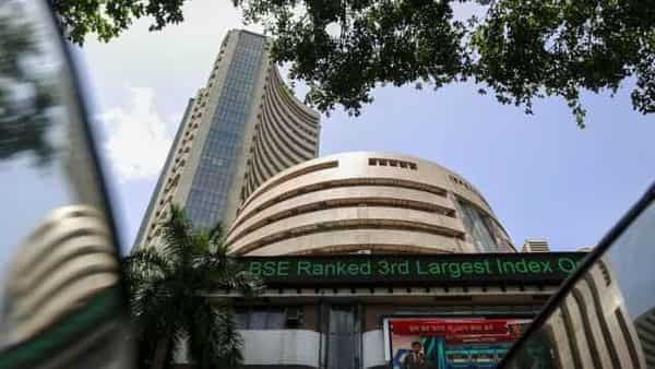 Hdfc Twins Auto Stocks Lift Sensex By 600 Points Nifty Closes At 11 662