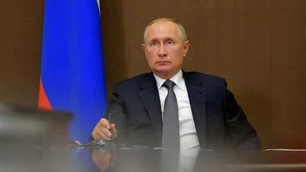 Russia Covid Vaccine Putin Says Some Of His Close Relatives Got Inoculated Says Report