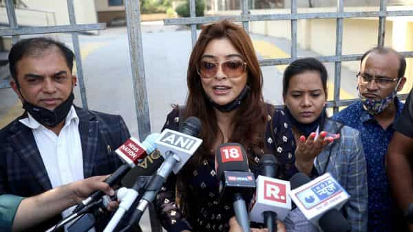 Actress Payal Ghosh speaks to media after outside National Commission for Women Headquarters in New Delhi  (ANI)