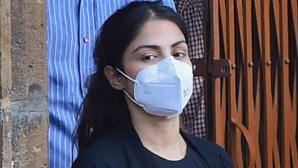 After spending 28 days in jail, Rhea stepped out of the Byculla women's prison here around 5.30 pm amid a scrum of mediapersons (Photo: PTI)