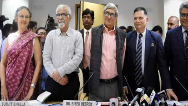 From left to right: Ashima Goyal, India's representative to IMF Surjit Bhalla, economist Bibek Debroy, former finance secretary Ratan P. Watal and PMEAC's former member Rathin Roy. File photo: PTI (PTI)