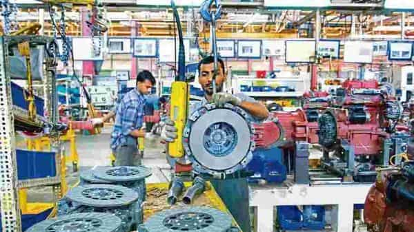 IMF projected that India will again surpass Bangladesh in 2021 as its economy bounces back from the pandemic. (Photo: Mint)