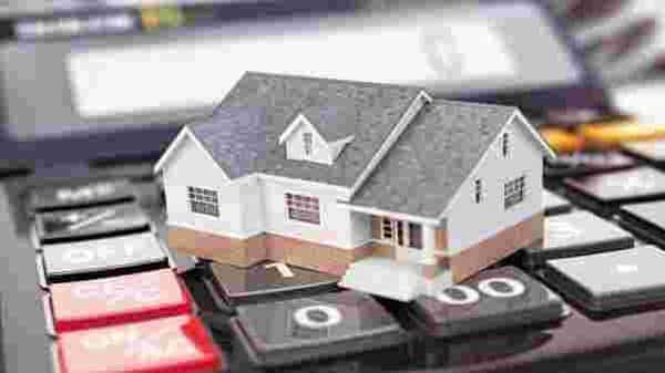 Savings for a borrower ranges from few thousands to a maximum of  ₹21,550 for a loan amount of up to  ₹2 crore. Photo: iStock
