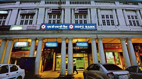 The country's second-largest lender, HDFC Bank's credit card loans rose 6.7% (MINT_PRINT)