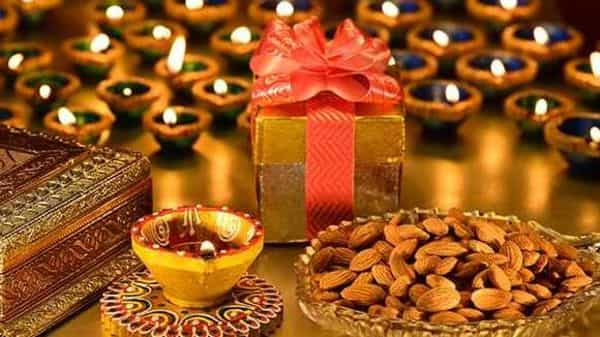 This Diwali, give your loved ones the gift of good health. (Shutterstock)