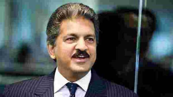 Business tycoon Anand Mahindra (Bloomberg)