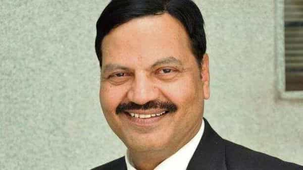 T.N.Manoharan was appointed as LVB's administrator.