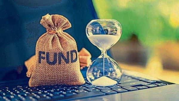 Long duration debt funds category, on a average has given 12% returns in the last one year, (Mint)
