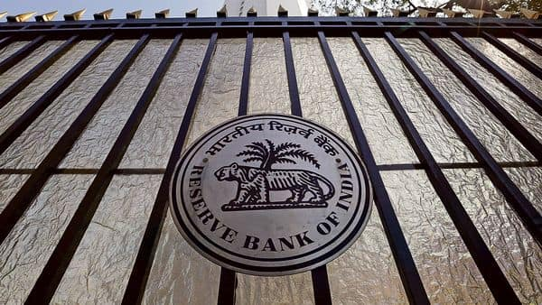 RBI will maintain the 4% repo rate for a prolonged period.