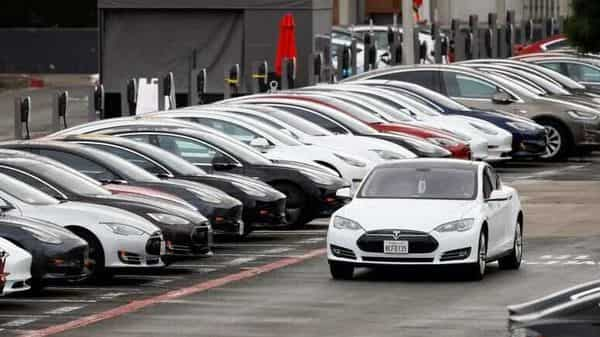 Tesla is up 45% since the end of October, while Workhorse has gained 33% over the same period (REUTERS)
