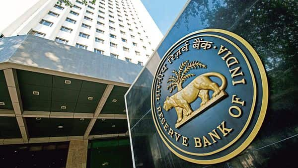 RBI has projected India's GDP to contract by 7.5% in the current fiscal year (MINT_PRINT)