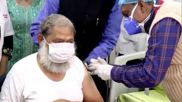 Haryana Health Minister Anil Vij being administered a trial dose of Covaxin at a hospital in Ambala on 20 Nov. (ANI)