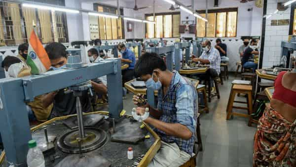 As many as 90% of the industry's workers have come back as business has recovered in the key manufacturing cities of Surat, Jaipur and Mumbai (Photo: AFP)