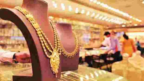 Since gold was at an all-time high, the ticket size for gold ornaments dropped, as people bought smaller and lighter jewellery items, the report said (Photo: Mint)