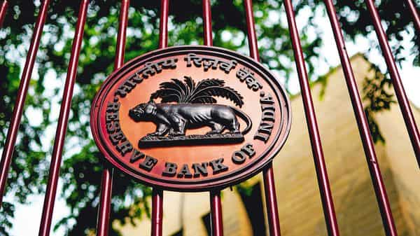 The RBI will announce its monetary policy review on December 4. (Mint)