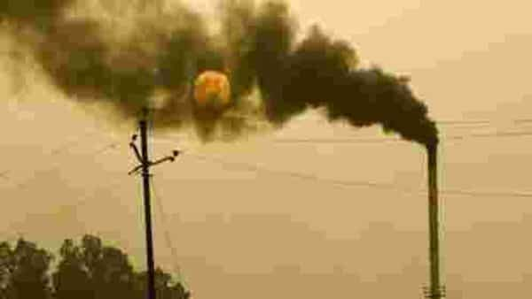 Industries in Delhi to switch to PNG as directed by the Air Quality Commission
