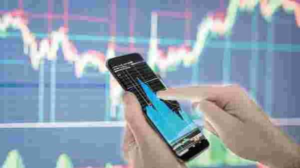 The brokerage's best mid cap picks for next year includes-- Infosys, United Spirits, Bharat Electronics, Relaxo Footwears, Dr Lal PathLabs, Timken India and Can Fin Homes. Photo: iStock