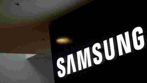 FILE PHOTO: The logo of Samsung Electronics is seen at its office building in Seoul, South Korea (REUTERS)