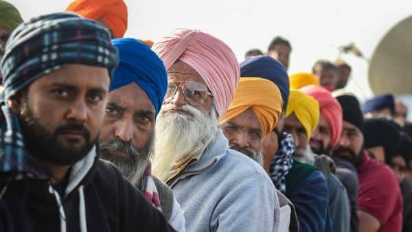 New Delhi: Farmers during their ongoing agitation against the new farm laws, at Ghazipur border in New Delhi, Monday, Dec. 28, 2020. (PTI Photo/Atul Yadav) (PTI28-12-2020_000115A) (PTI)