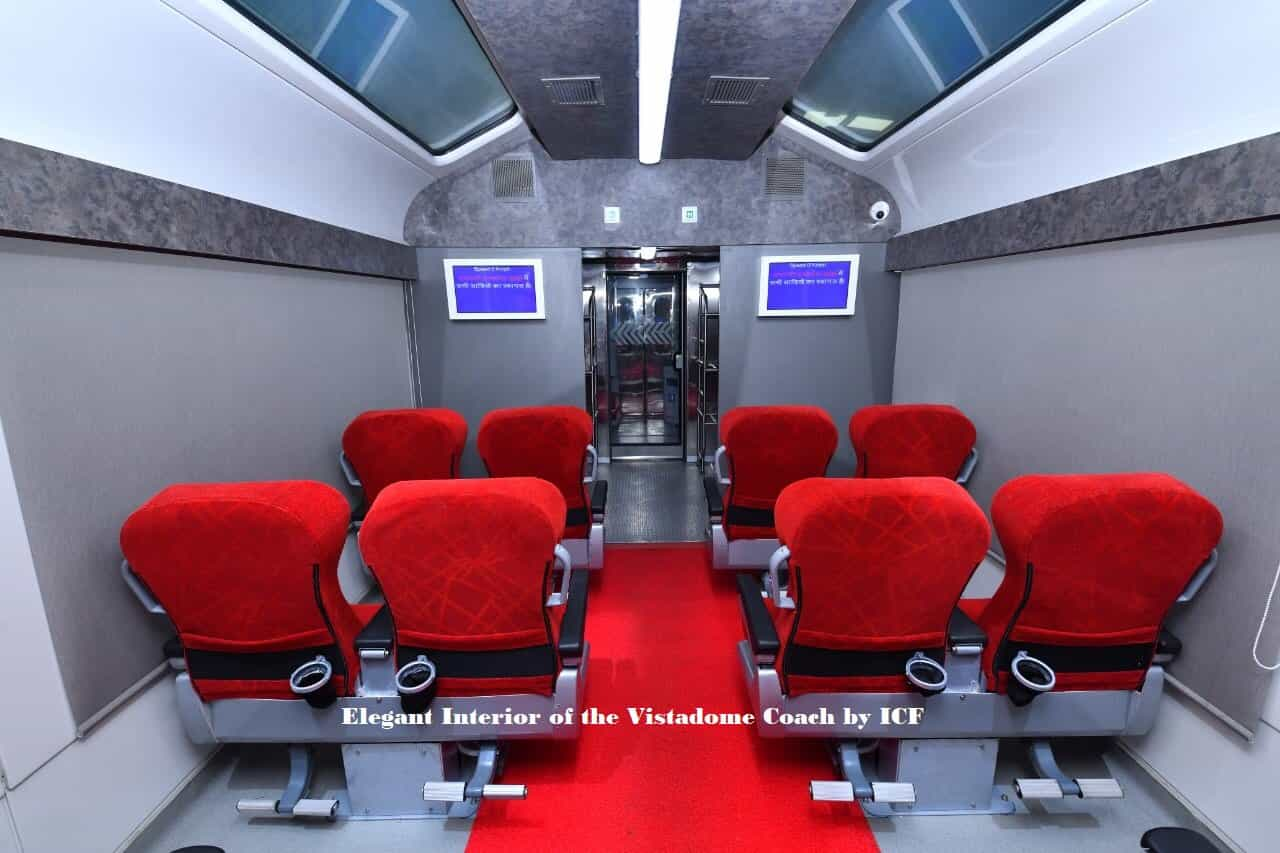 The coaches will only be operated in tourist locations with 44 passenger seats and roof-top glasses (Twitter)