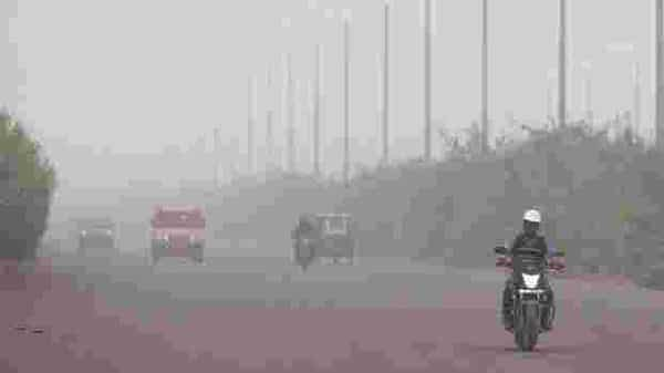 From May 18 to June 5, the AQI remained in the 'moderate' category. From July to September, monsoon rains kept pollution levels in check. ( Photo: HT)