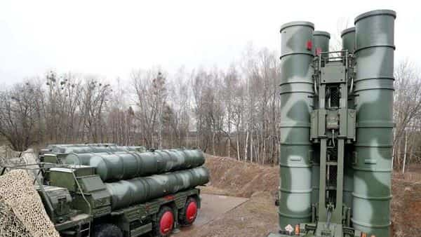 FILE PHOTO: A view shows a new S-400 'Triumph' surface-to-air missile system. (REUTERS)