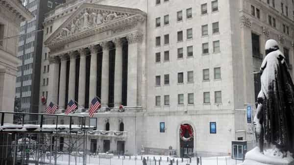 US stock exchange may delist Chinese oil companies