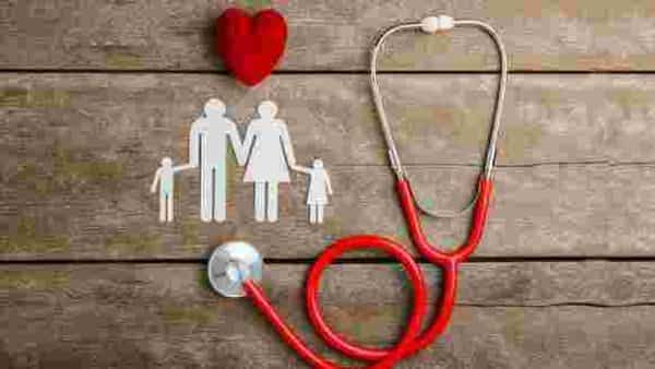 Here are the tips to buy the best health insurance (Shutterstock)
