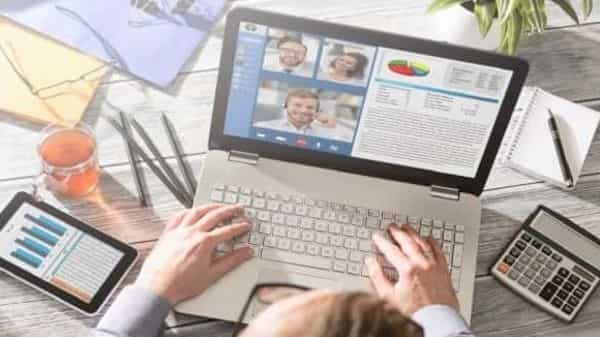 By the end of 2023, companies aim to take their digital-driven revenues to 17%.. (Photo: iStock)