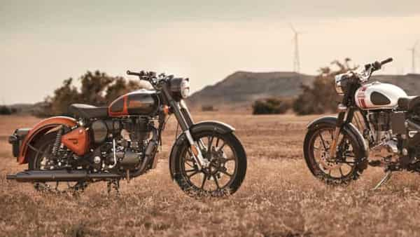 The Royal Enfield Classic 350 in Orange Ember and Metallo Silver