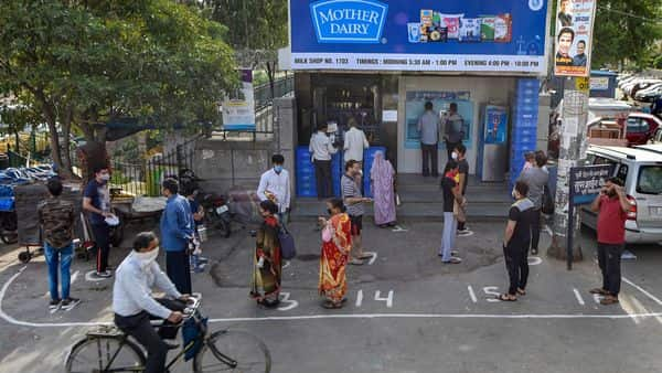 Mother Dairy has 1,500 milk booths and more than 300 Safal outlets in the Delhi-NCR market (Photo: PTI)