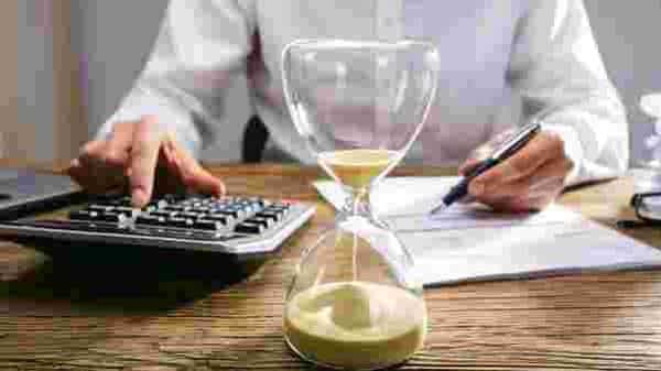 Currently, long term capital gains on sale of any equity oriented mutual funds schemes and listed equity shares is exempt to the extent of  ₹One lakh every year and beyond one lakh rupees, it is taxed at a flat rate of 10%. Photo: iStock