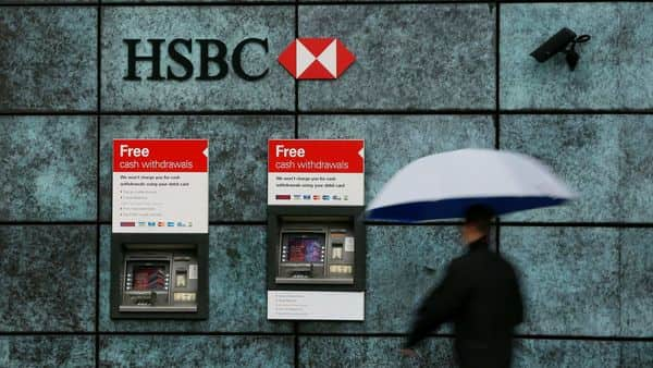 HSBC to close 82 United Kingdom branches; revamps network for digital age