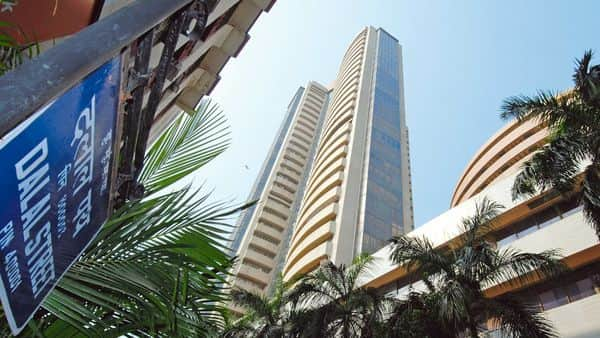 On Friday, the Nifty fell 1.5% to 14,371.90 while the Sense slumped over 700 points to 48,878. (Photo: Mint)