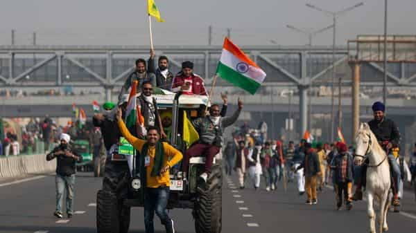Protesting farmer march to the capital on the Republic Day (AP)