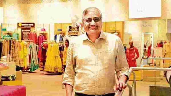 Kishore Biyani-promoted Future Group is 'mischaracterizing' a Delhi high court order on their dispute, alleged Amazon (Mint)