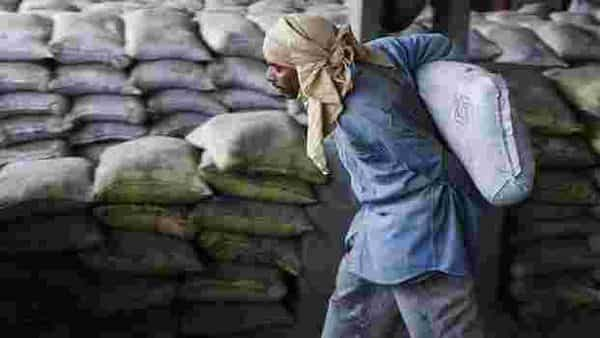 India Cements expenses remained lower at ₹1,339.48 crore as against ₹1,426.32 crore in the said period. Photo: Bloomberg