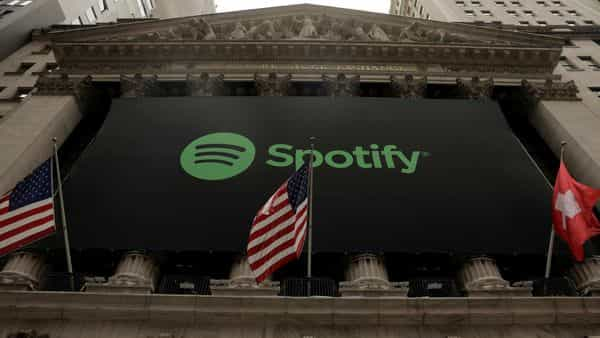 Spotify adds subscribers with podcasts push