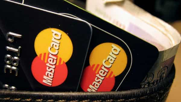 FILE PHOTO: MasterCard credit cards are seen in this illustrative photograph. (REUTERS)